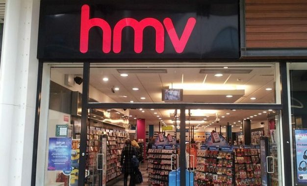 Thousands of jobs at risk as HMV nears collapse